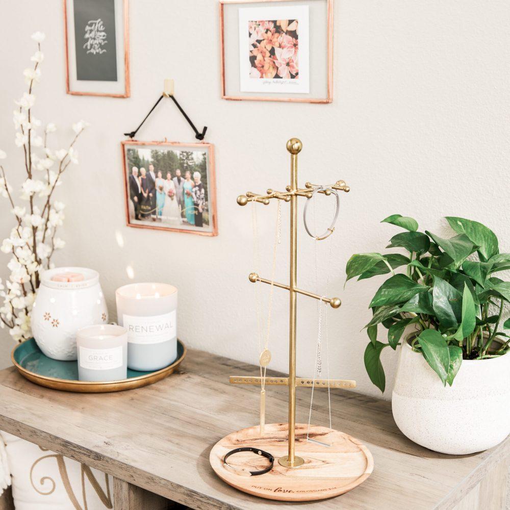 christian-home-decor-bedroom