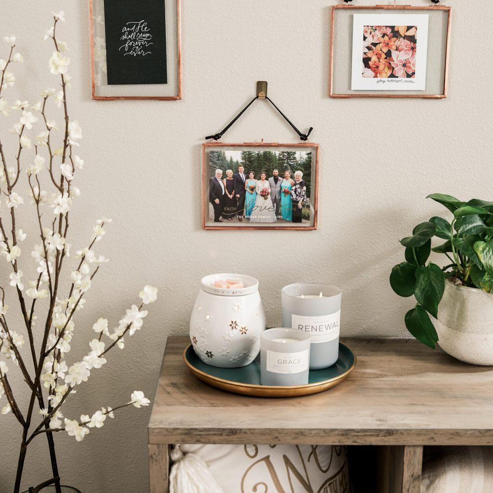 christian-home-decor-livingroom